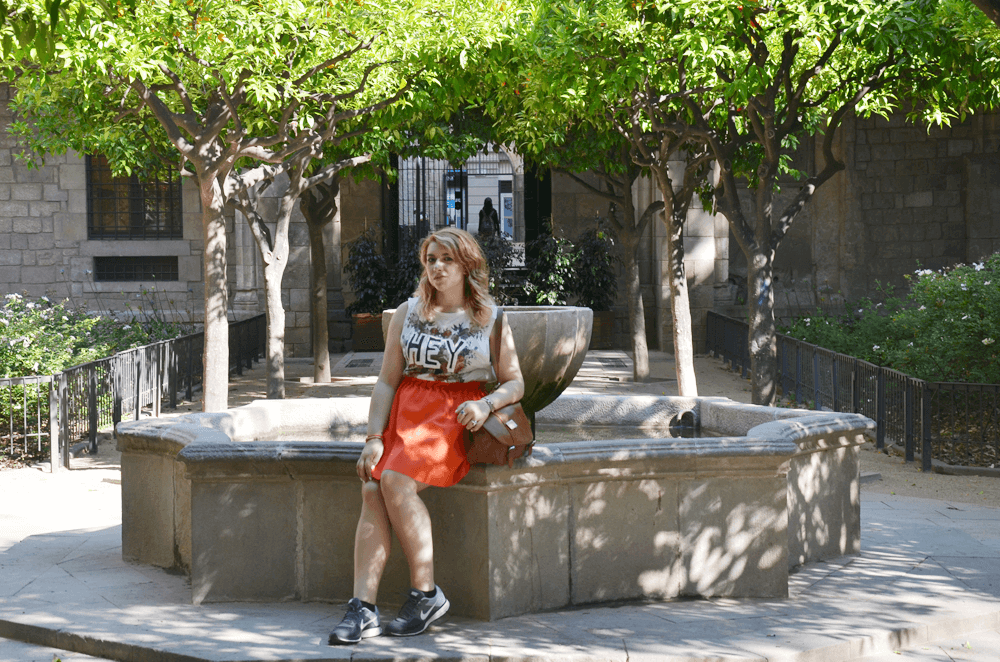 barcellona lookbook fashion dupes orange