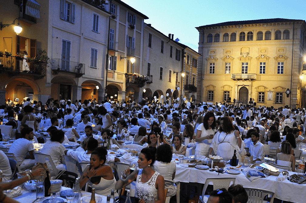 white dinner fashion dupes biella cena in bianco 6