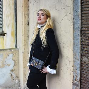 cover-outfit-militar-look-kiki-tales-black-white-xmas-capodanno-natale