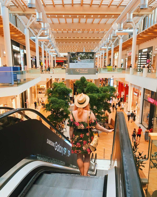 Il Centro di Arese shopping center