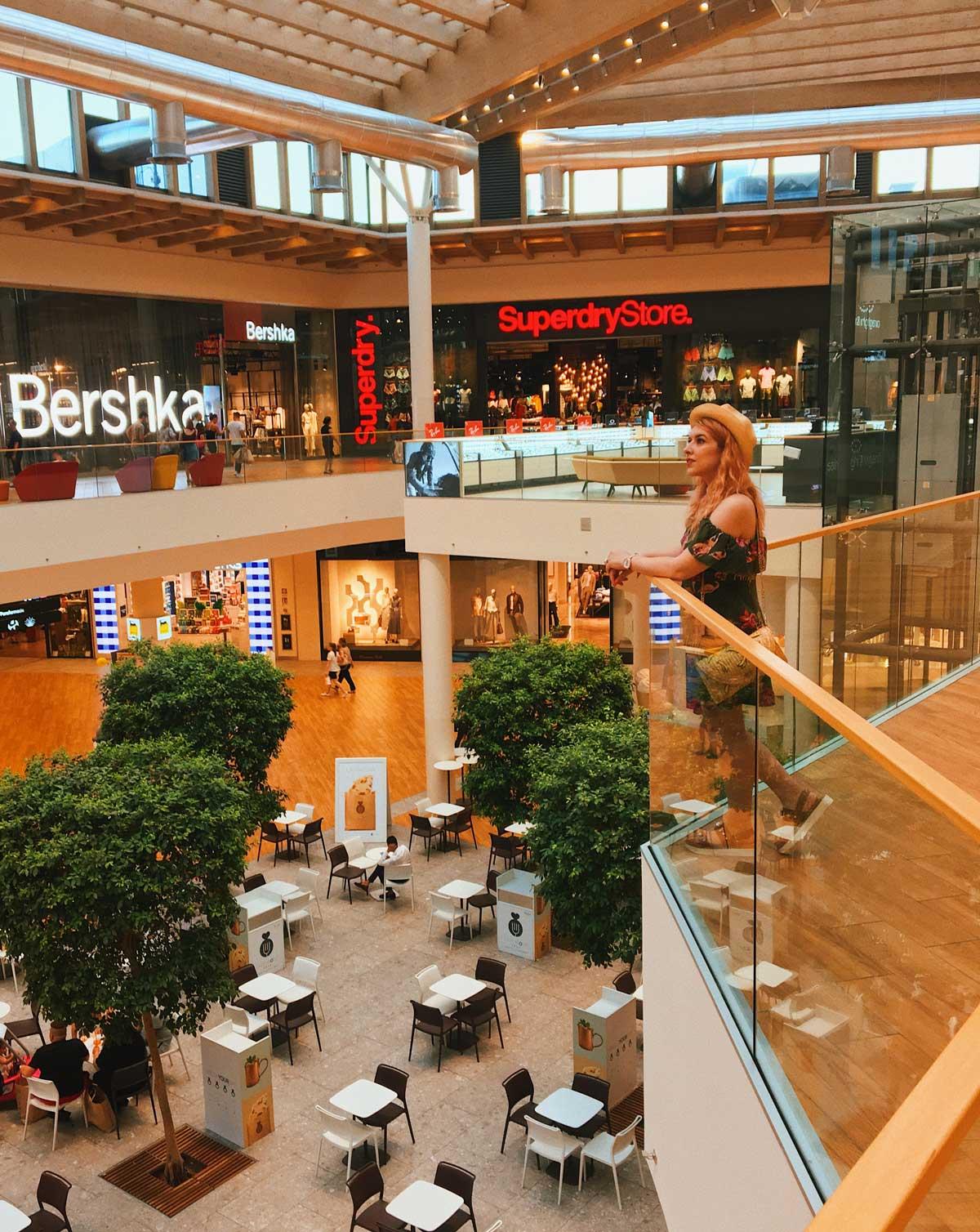 il centro shopping center di arese