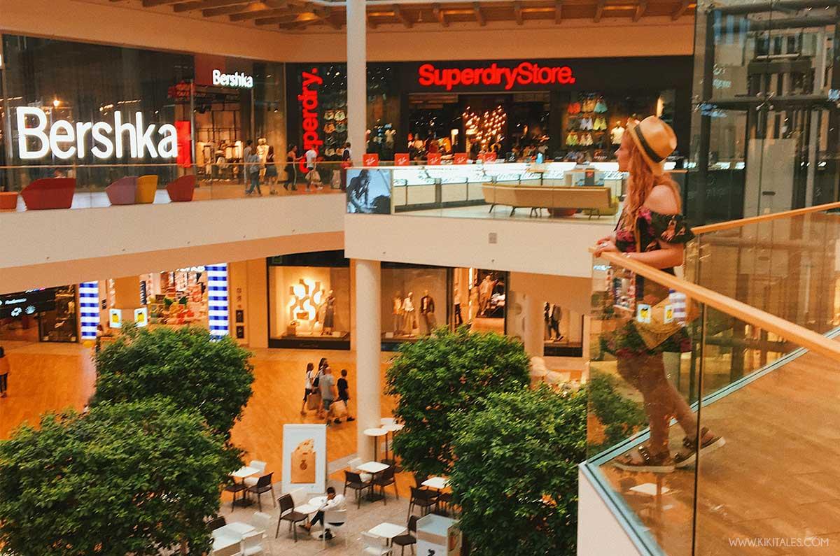 shopping valigia il centro arese