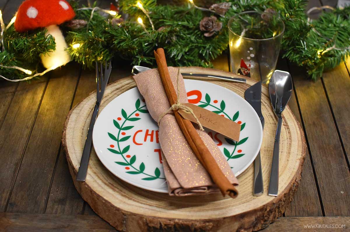 come addobbare la tavola a Natale per la cena con gli amici