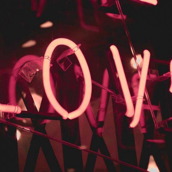 Test 5 linguaggi dell'amore per migliorare il rapporto di coppia!